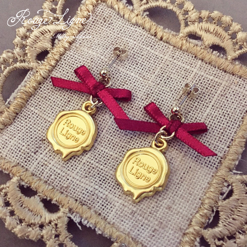 Meltyリボンピアス/Gold+Red
