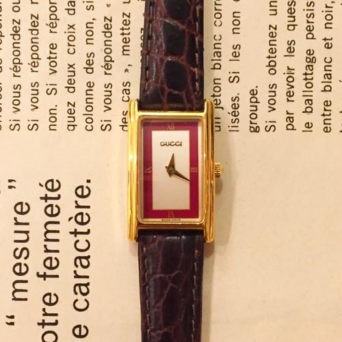 GUCCI leather belt watch