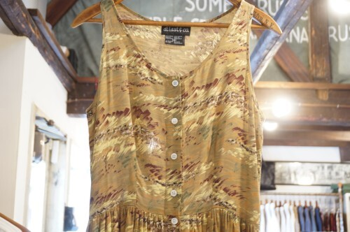 80's safari printed rayon button-up sleeveless Dress