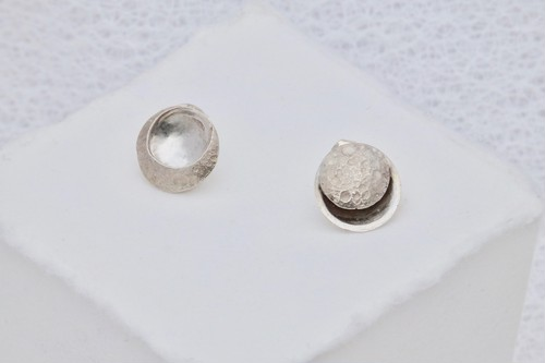 TWO MOONS / Clip-on or Pierced earrings    イヤリング or ピアス