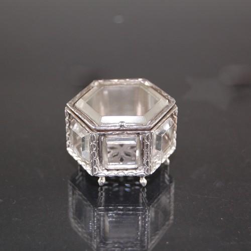 銀と水晶の宝石箱 'BOITE DE BIJOU' 2