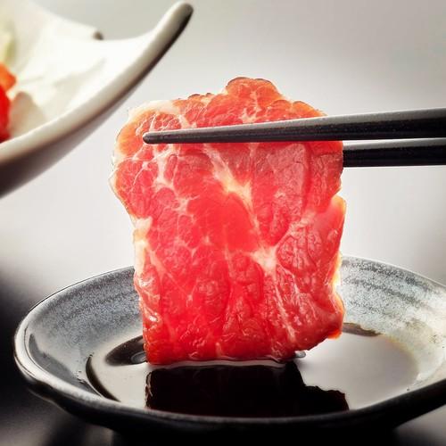 熊本直送ふじ馬刺し:食べ比べセット(赤身200グラム 霜降り200グラム)