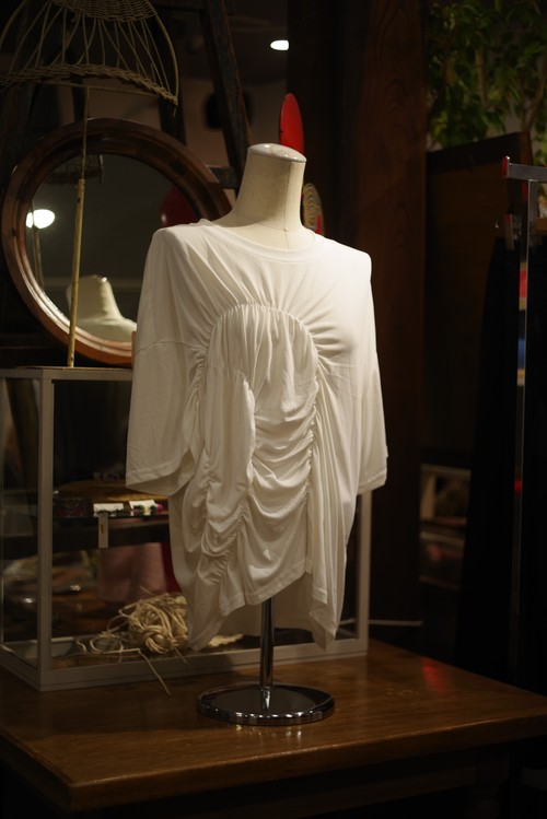 Ladies' /  soft TEE with lots of drapes