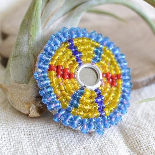 アフガニスタンのアンティークビーズ刺繍ブローチ【L】