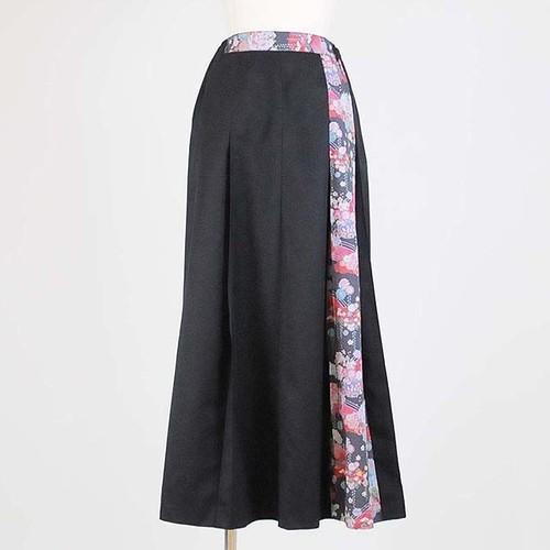 gouk侍 袴風ロングスカート 黒に黒赤和柄 GGD26-S852 BK/MM