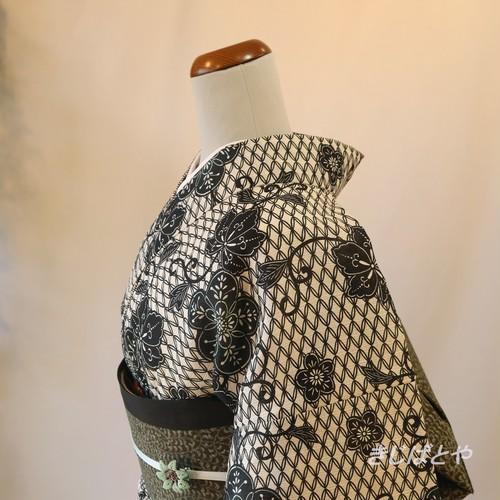 綿麻 モノトーンの七宝つなぎの浴衣