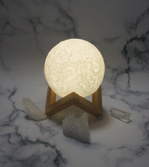 お月様のランプ