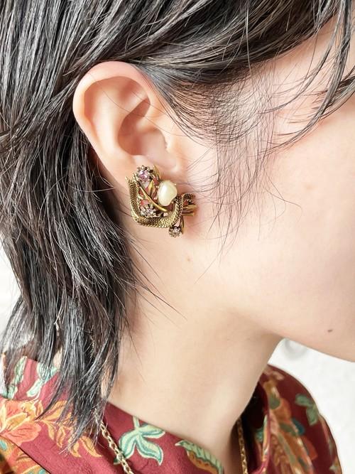 Vintage Coro Dark Gold Botanical Earrings
