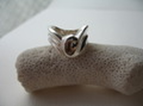 Effa Wave Ring
