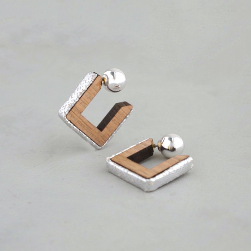 pierced earrings C-P25/earrings C-E25<silver>