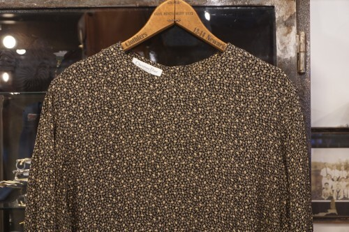 80's Christian Dior rayon back button Blouse