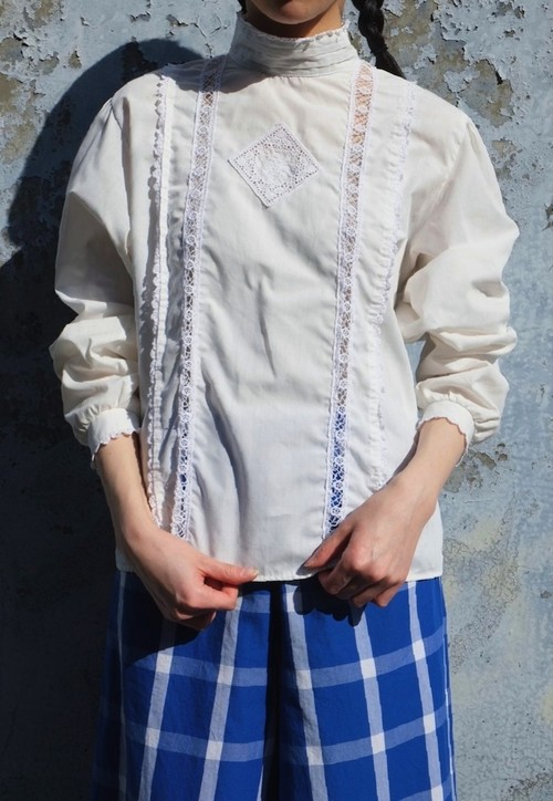 rose window blouse.