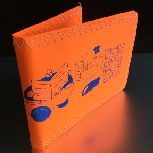 眩しい紙のカードケース