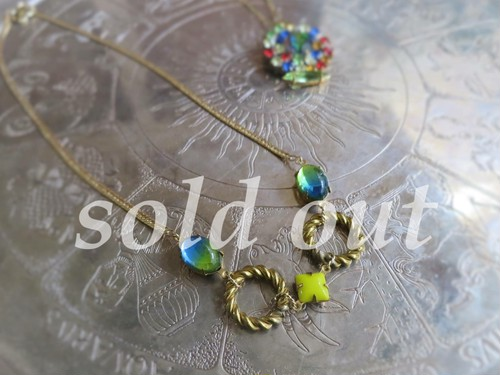 vintage necklace <ncNG-BETW2>