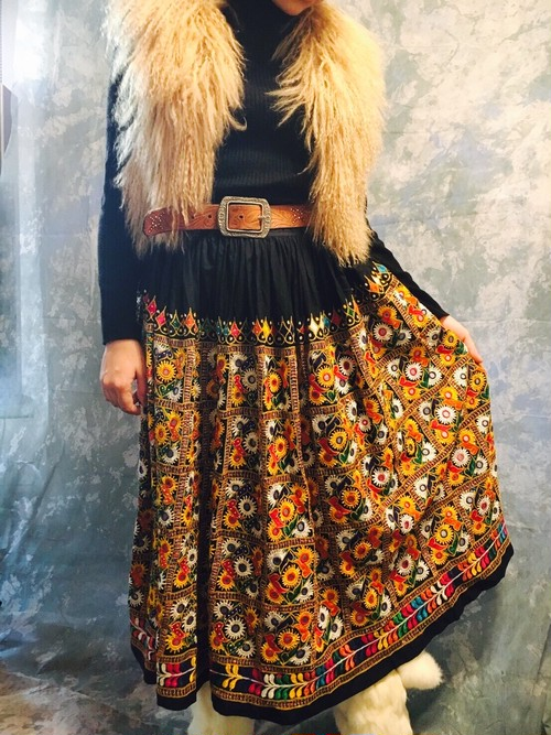 stylish line★Mirror work embroidery skirt