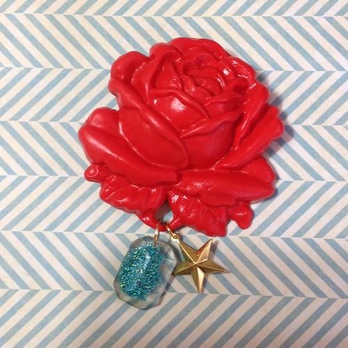 235 大きな薔薇の帯飾り (赤)