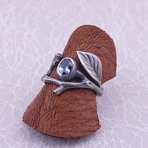 【石花の指輪】タンザナイト