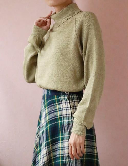 light khaki turtle neck knit