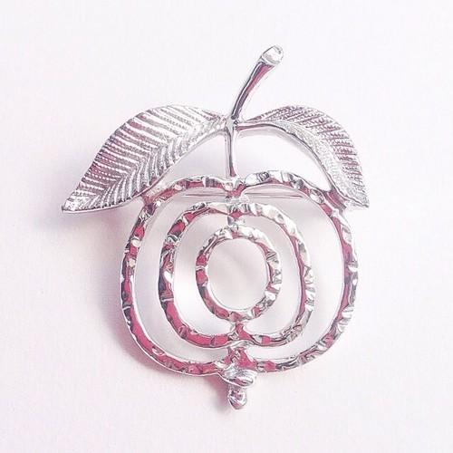 """SARAH COV"" silver apple brooch[b-124]"