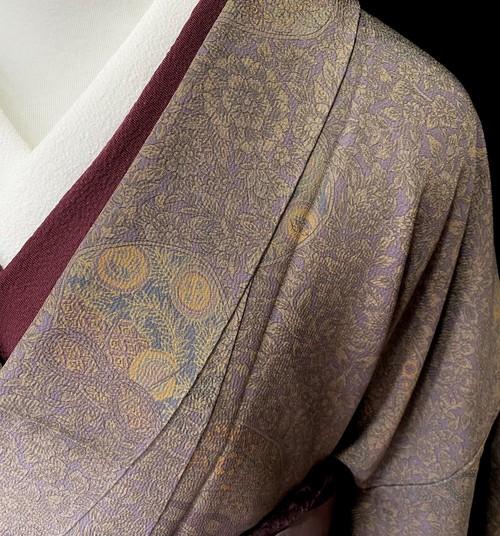 〈古典紋様の小紋 〉グレージュ M サイズ オトナ 都会的 クール