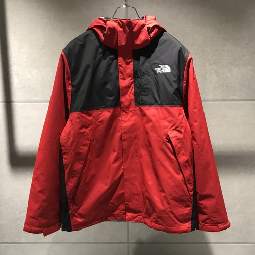 THE NORTH FACE M LONEPEAKTRI JKT-RTO / RED