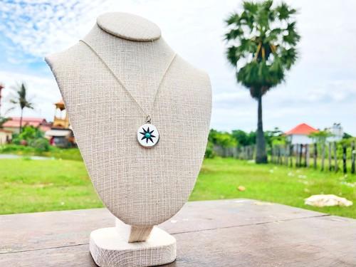 カンボジアの子供達のハンドメイドネックレス Type 12