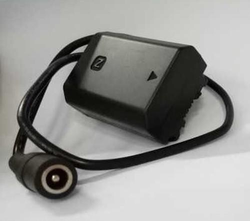 TILTA社・BT-003からカメラへの電源供給用ダミーバッテリーカプラー&ケーブル