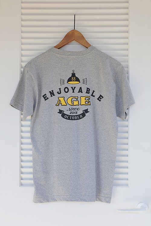 """オリジナルTシャツ """"Enjoyable Age"""""""