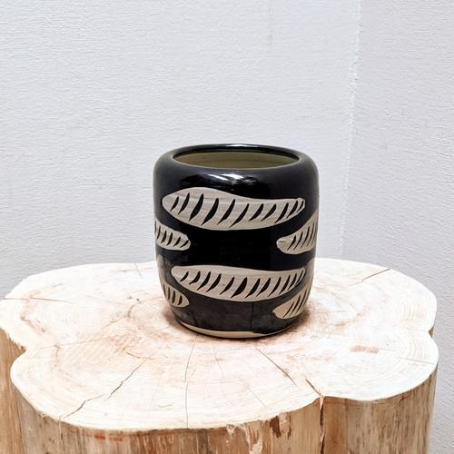 Ceramic Pot - しっぽ