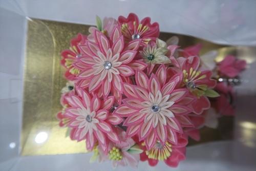 ピンクの髪飾り 和装 可愛い おしゃれ 振袖・打掛・袴 成人式 卒業式 結婚式など