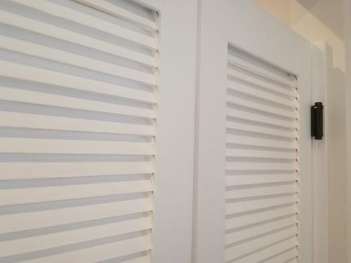 ルーバーウエスタンドア・スイングドア  ドア長さ(高さ)130~~159cm 特別塗装