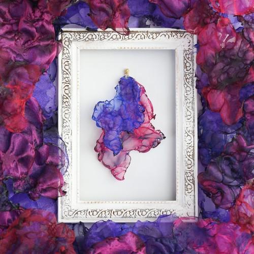 『幻影』魅惑の炎 no,8|ブルーとピンクのゆれるアートピアス/イヤリング