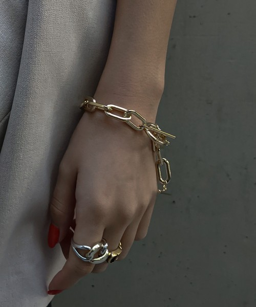 Chain dangle bracelet