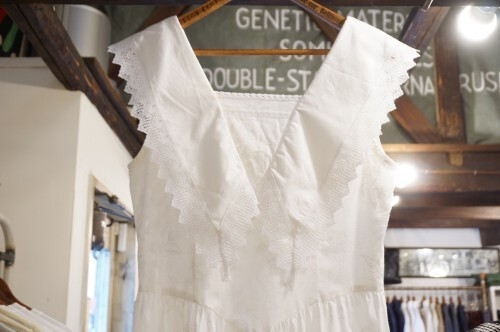 70's white huge collar sleeveless Dress