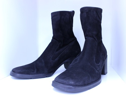 GUCCI velor boots