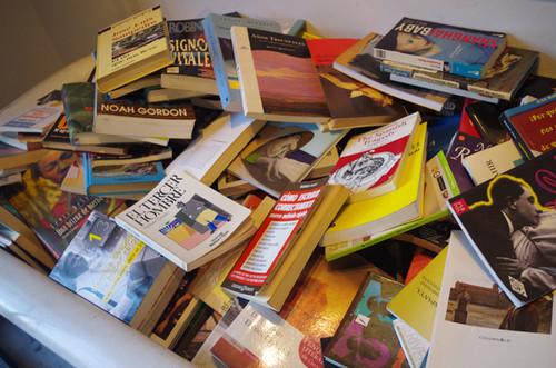 終了/バルセロナにいるOumaが「スペイン語の古本を送る」っていうサービス