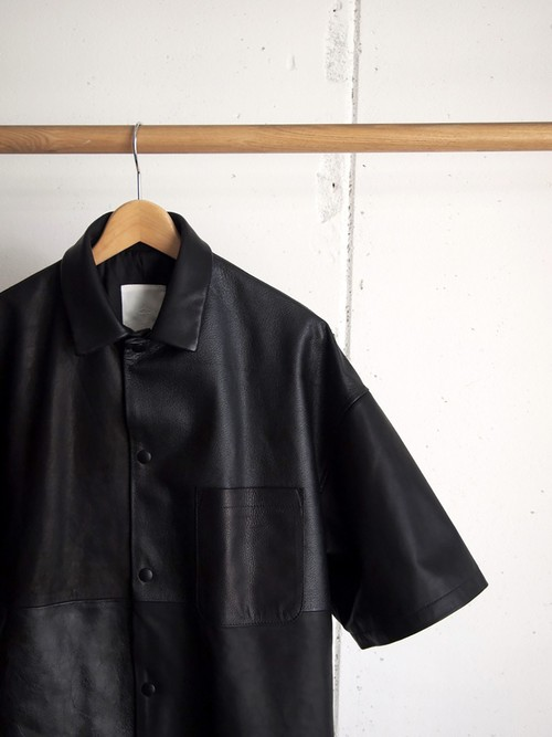 WHOWHAT, LETHER SHORT SLEEVE JACKET