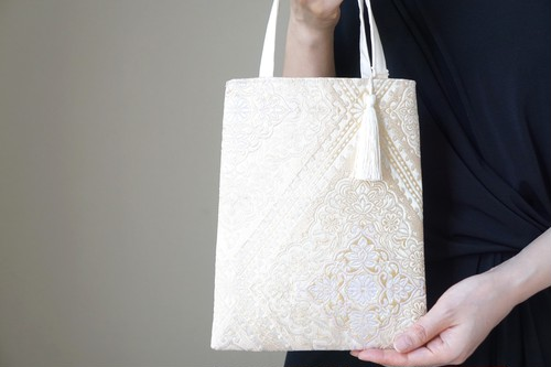 【ゴールド シルク帯 ミニサブバック フォーマルバック】日常使い、結婚式、パーティーに。 (GM11)