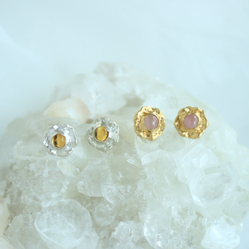 Pierce / Frill Gem ( Yellow or Pink )