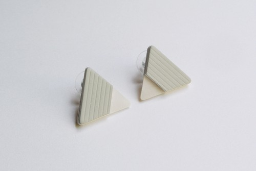 △SEER PIERCE / EARRING【GRAY】