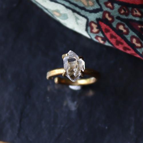 原石ダイヤモンドクォーツのイヤーカフ