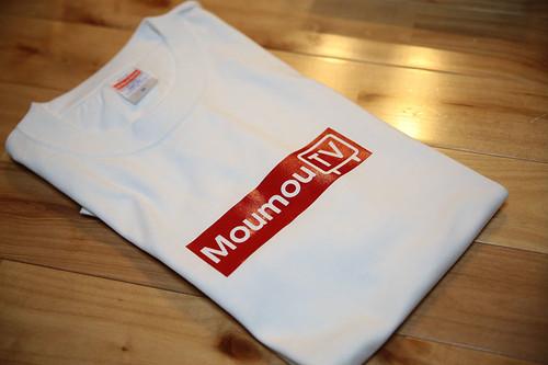アレみたいなTシャツ(白)【もうもうTV】