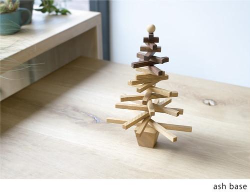 Christmas tree / S