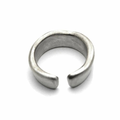 unknown ring / VUR-03