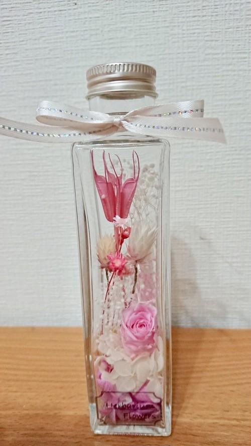 ハーバリウム 角瓶ピンク