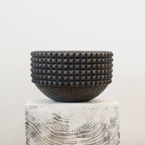AcQ Leon pot (レオン)¥7400(税別)