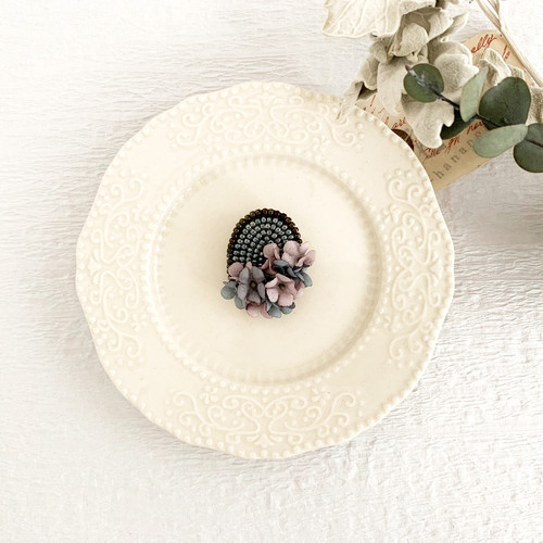 "Brooch : ブローチ "" Embroidery and flower brooch. "" 