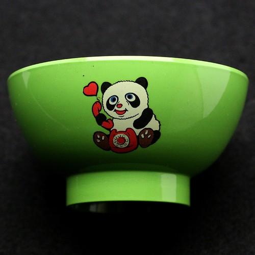 昭和レトロ プラスチック(メラミン樹脂) 子供茶碗 おわん パンダ柄 (080)