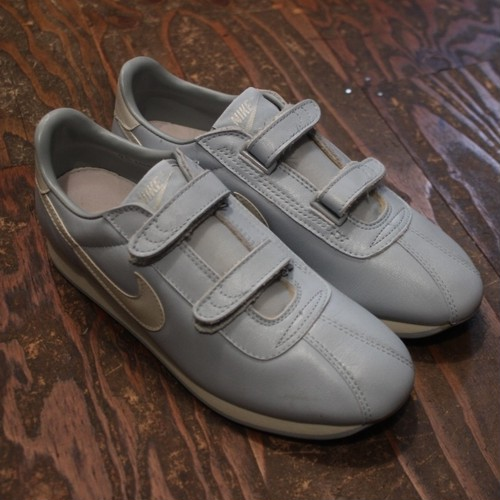80s90s~ DeadStock Nike Velcro Shoes