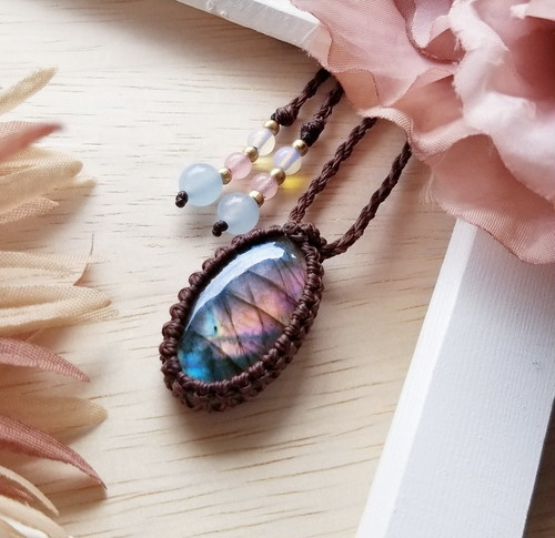 *Sunset* Labradorite Macrame Necklace